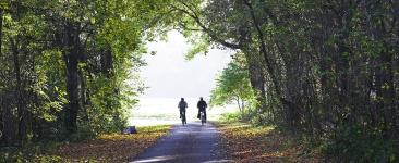 fahrradfahren2-schloss-luetetsburg-header