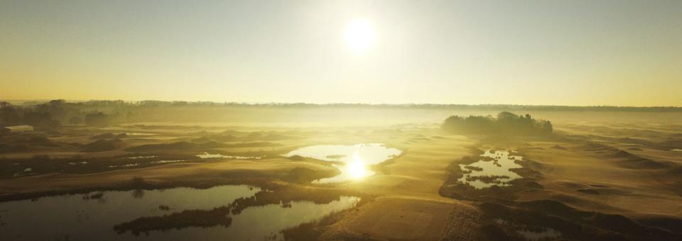 golfplatz-luftaufnahme-schloss-luetetsburg